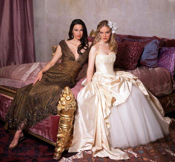 121_celestia-lace-gown-_-liliana-wedding-gown