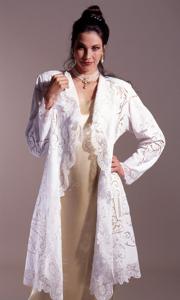 213_vintage-lace-and-linen-coat