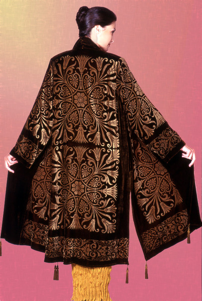 501_83_1783-fortuny-coat-w--gold-papyrus-square-print
