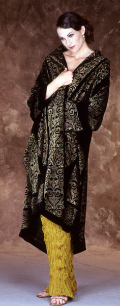 507_246_1782-velvet-fortuny-coat