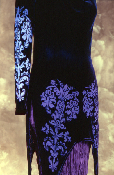 67_1700-erte-bias-tunic-detail